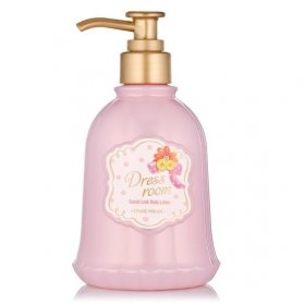 Dress Room Body Lotion (Lovely)